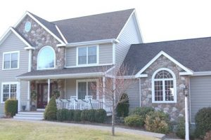 Reasons to Replace Your Home's Vinyl Siding