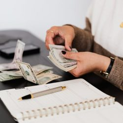 Minimum Wage Budget: Tips on How to Make the Most of Your Salary